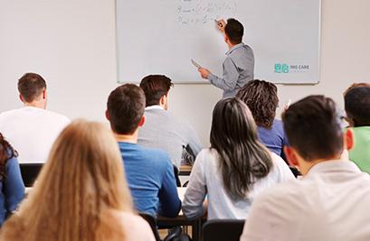清晰教师职业发展路径,助力行业专业化发展